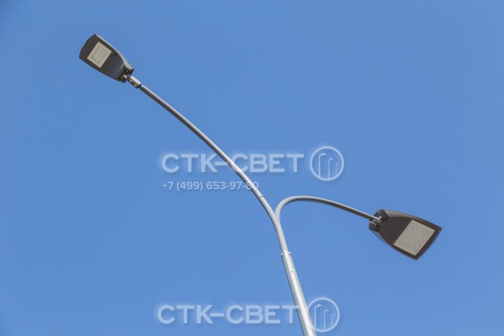 В качестве источников света на граненых опорах могут использоваться разные световые приборы. Наиболее экономичный и эффективный вариант – светодиодные светильники, которые имеют длительный срок службы и потребляют мало электричества.