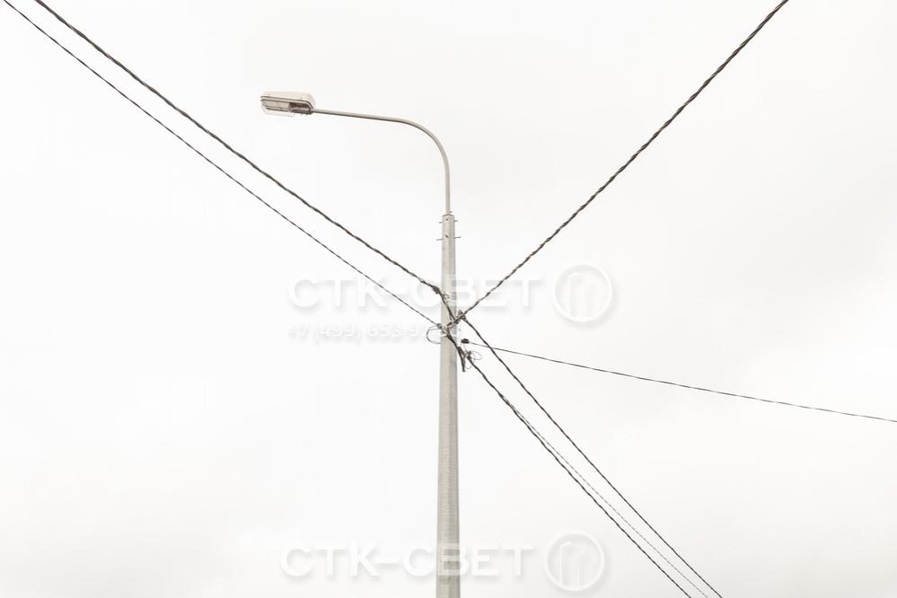 Граненый ствол благодаря ребрам жесткости имеет высокую несущую способность. Поэтому к нему можно присоединять сразу несколько воздушных силовых линий с помощью отдельной арматуры.