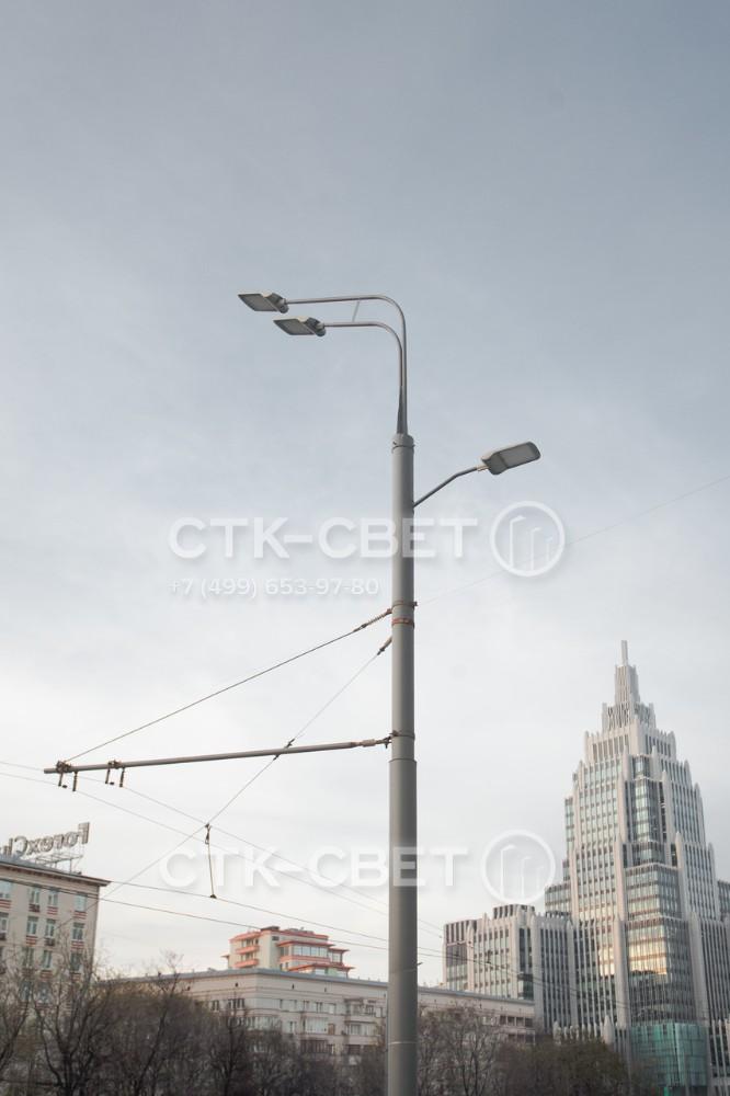 Опора контактной сети типа ТП делается из трубного проката. Используются трубы большого диаметра с толстыми стенками, чтобы придать конструкции высокую несущую способность и сопротивляемость ветровым нагрузкам.